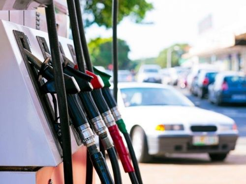 Gas prices rise ahead of holiday weekend