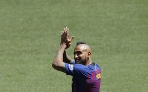 Vidal hopes to win Champions League title with Barcelona