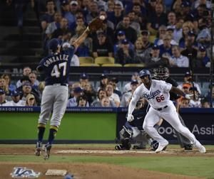 Bellinger lifts Dodgers over Brewers 2-1 in 13