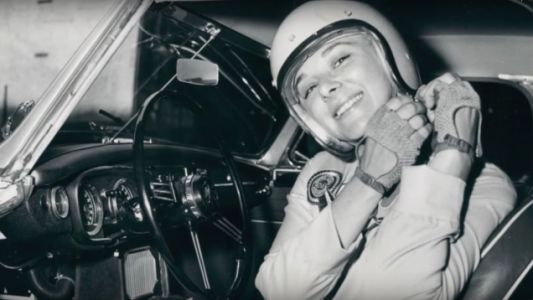 Donna Mae Mims Drove A Limo At The Last Cannonball Run And Was The First Woman To Win An SCCA Championship