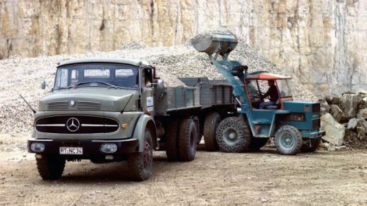 It's time to fill up a double load and get trucking into the weekend in my old reliable 1966 Mercede