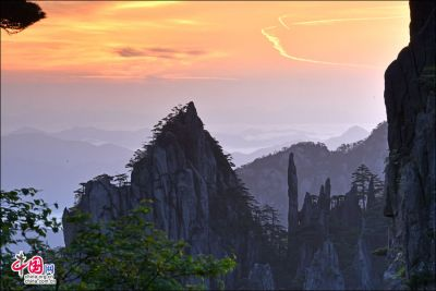 Impressive sunrise at Mount Huangshan
