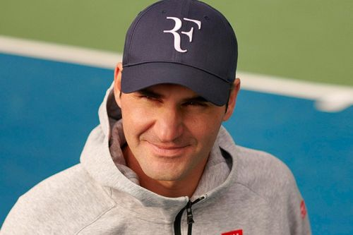 """UNIQLO and Roger Federer To Release First """"RF"""" Logo Cap"""