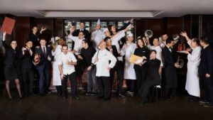 Four Seasons Hotel Hong Kong Sets World Record for Most Michelin Stars Under One Roof