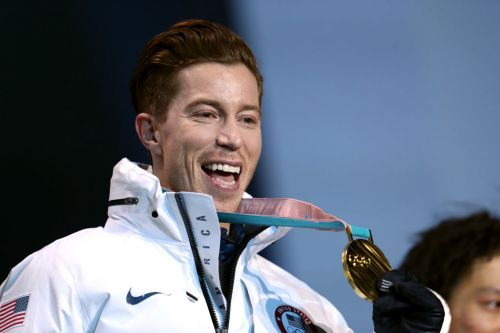 After winning gold medal, Shaun White faces questions about 2016 sexual harassment suit