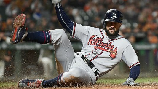 MLB hot stove: Braves re-sign Nick Markakis