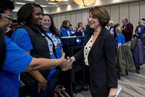 Dems blitzing Iowa, early states as Senate trial crunch looms