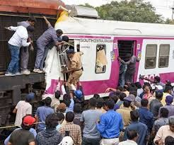 More than dozen injured due to train collision in Hyderabad, India