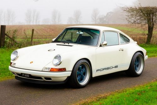 """This """"Newcastle Commission"""" Porsche 911 by Singer Is a Sight to Behold"""
