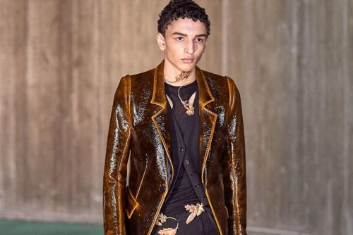Ann Demeulemeester FW20 Straddles Romance and Darkness