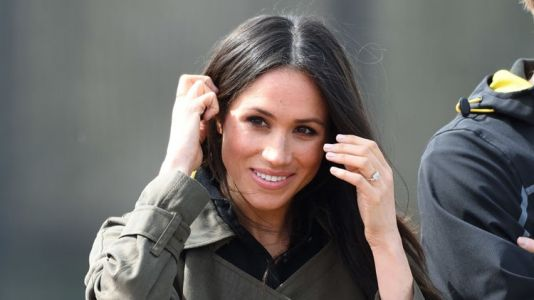 See the First Photos of Meghan Markle's Stunning Wedding Dress!