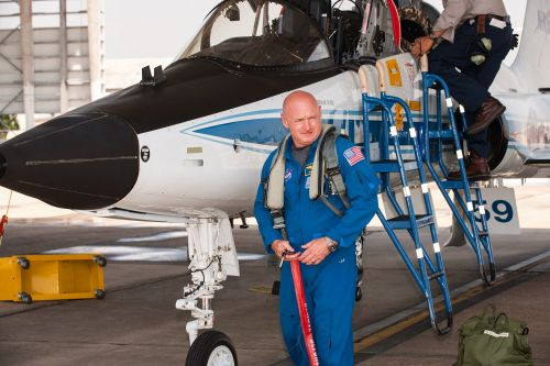 Astronaut Mark Kelly says Trump's order to create a Space Force 'is a dumb idea'