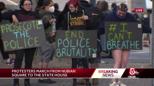 Large crowd of protesters grows as it moves through Boston