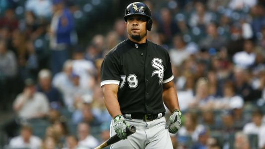 White Sox All-Star Jose Abreu reportedly hospitalized with infection on right thigh