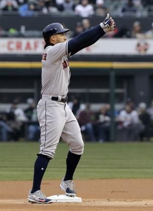 Reddick's 2 homers lead Astros to another rout of White Sox
