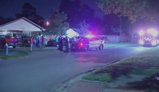 Police: 7 teenagers shot at Texas 'instant house party' organized on Snapchat