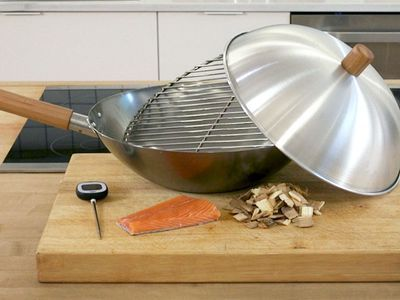Watch: How Your Wok Can Double as an Indoor Smoker