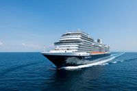 Holland America Line vessels arrive in Florida
