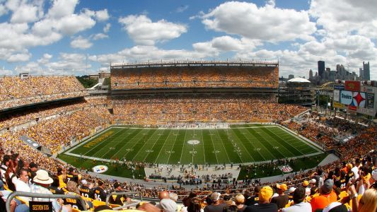 Steelers-Chiefs delayed due to inclement weather