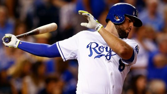 Yanks open to Moustakas if deal were to fit