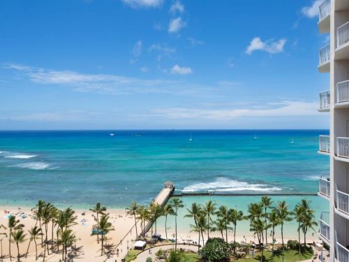 2 Princeton grads just bought out hotels in Hawaii and Arkansas and are betting on college students paying them $15,000 to study in a 'bubble'