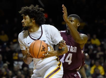Murphy's Double-Double Leads Gophers Over Alabama A&M