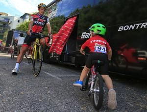 Froome happy as Tour de France heads for the mountains