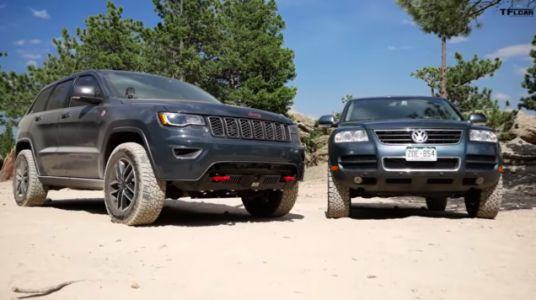 Watch An Old VW Touareg Go Head-To-Head Off-Road Against A New Jeep Grand Cherokee
