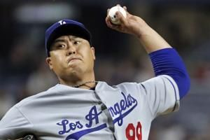Ryu's shutout streak ends; Dodgers still roll by Pirates 7-2