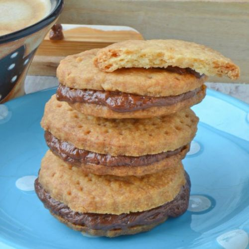 Shortbread Sandwich Biscuits