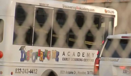 Report: 3-year-old left behind after field trip dies in hot day care van