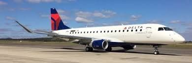 SkyWest flight crew refuse 'seat change', force all passengers to deplane