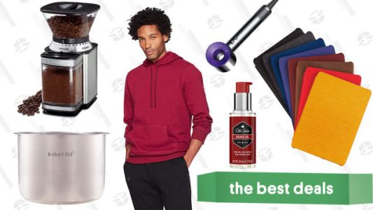Sunday's Best Deals: Kindle Sale, Philips Hue Bulbs, Dyson Vacuums, and More