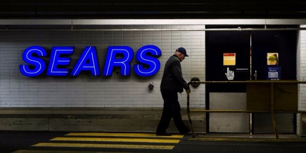 Sears' revenue is on a path to zero