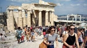 Greece's tourist arrivals go up by more than 12% during first 8 months of this year