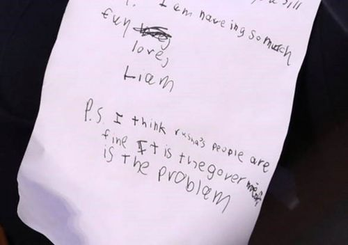 A photographer captured the notes William Barr's grandson wrote during his grandpa's confirmation hearing