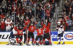 Team Canada unveils Olympic team roster in women's hockey