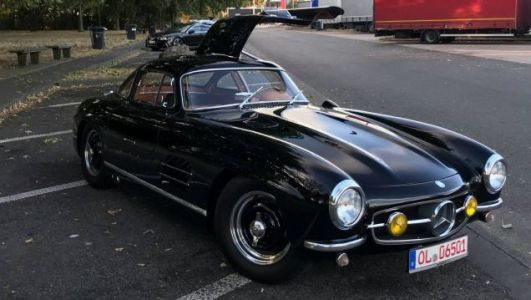 Owner Offers $300,000 Reward for Return of His Stolen $1.9 Million Mercedes-Benz 300SL Gullwing