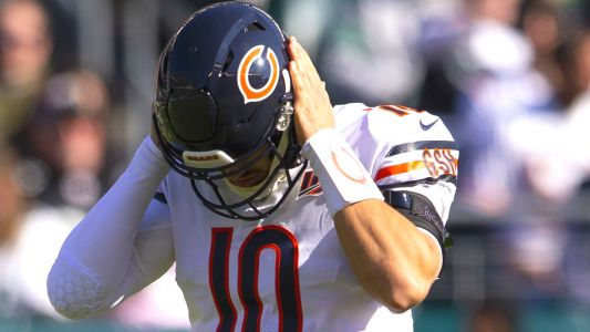 Bears' Mitchell Trubisky is benched, Nick Foles is back and Twitter is alive