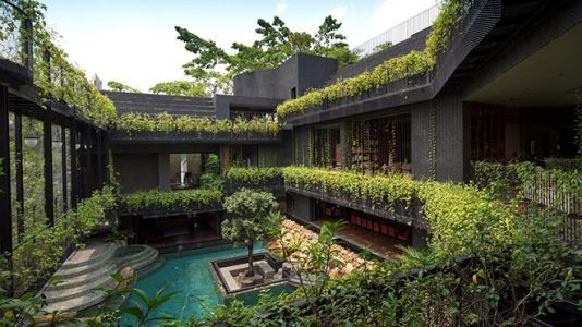 Courtyard Living: Contemporary Houses of The Asia-Pacific' By Charmain Chan