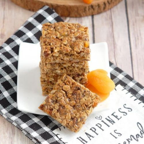 Sunflower Pecan Apricot Granola Bar