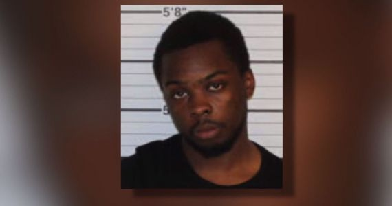 Police: Man steals date's car, uses it to take another girl to drive-in movie