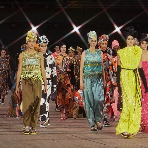 Marc Jacobs' colourful models close NYFW