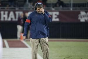 Georgia hires ex-Ole Miss coach Matt Luke as OL assistant