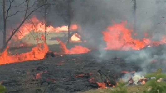 4 evacuated by helicopters after lava crosses road in Hawaii