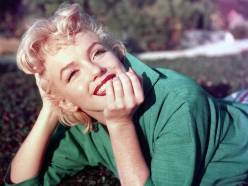 4 iconic people who became famous without even trying