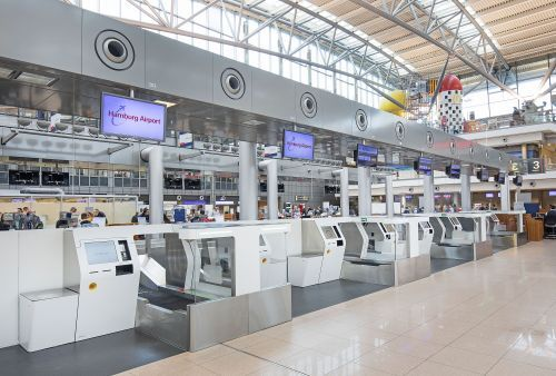 Self bag drop: New service for passengers and airlines at Hamburg Airport