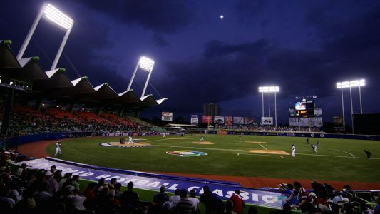 Indians-Twins series staying in Puerto Rico despite Hurricane Maria aftermath