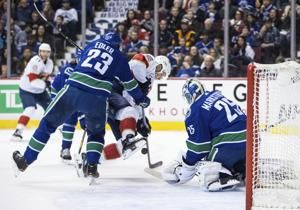 Eriksson, Canucks deal Panthers 6th straight loss, 5-1