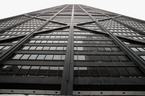 Elevator riders plunge 84 floors after cables snap in Chicago skyscraper
